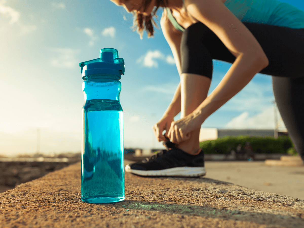 ランニングにおすすめの給水ボトルランキングTOP10!携帯に便利なデザインと軽量タイプが人気