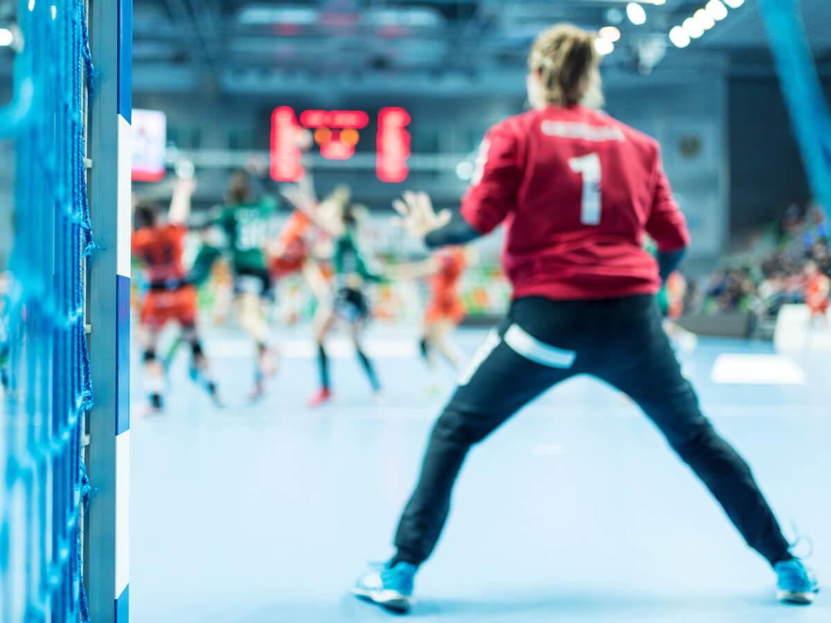 ハンドボール練習着おすすめ12選!人気メーカー代表アシックス製品や冬に最適なズボンをご紹介