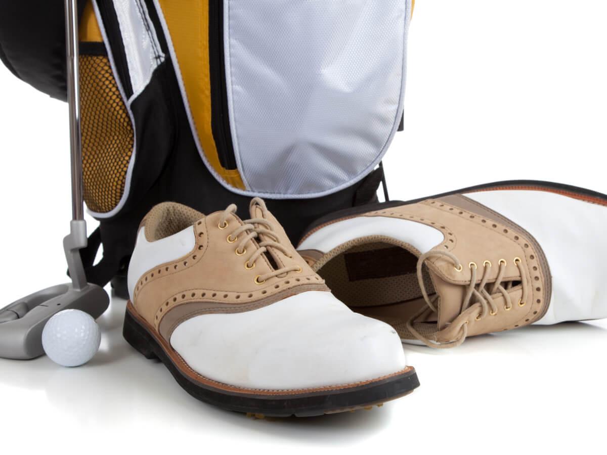ゴルフ用シューズバッグ人気のおしゃれ20選!レディース・メンズに注目のブランドとは