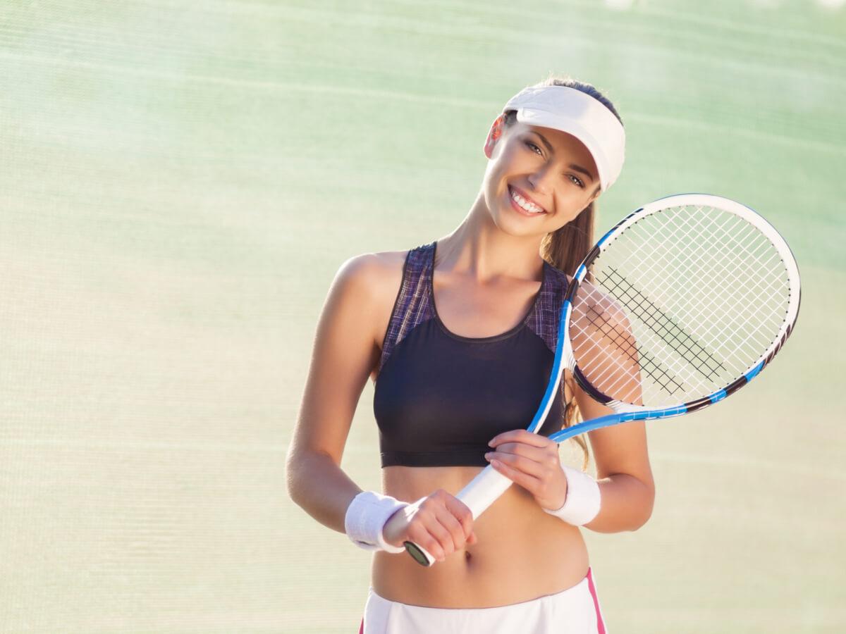 テニス用バイザーおすすめ20選!レディース・メンズに人気のブランドをチェックしよう