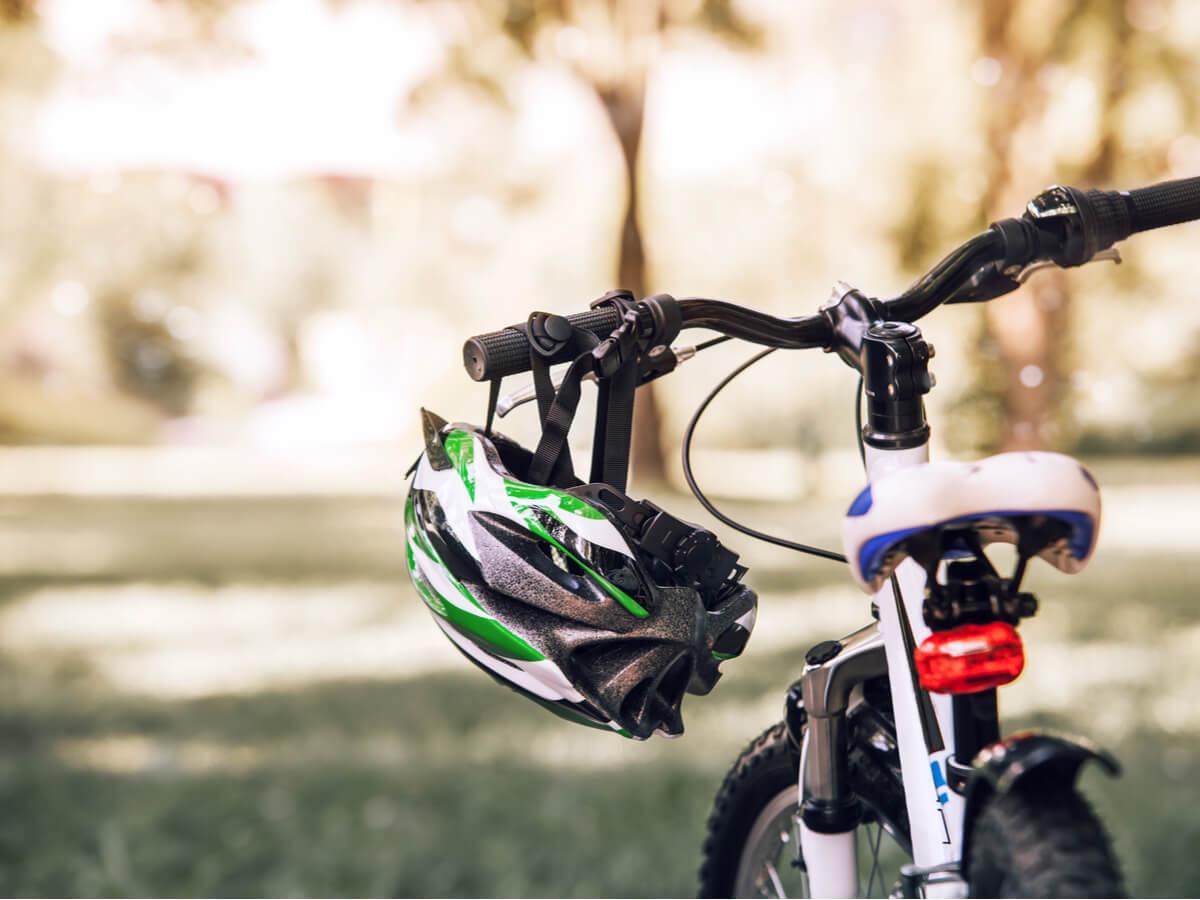 自転車用ヘルメットの選び方&人気おすすめ30選!クロスバイクに乗るときはおしゃれで安全なものを