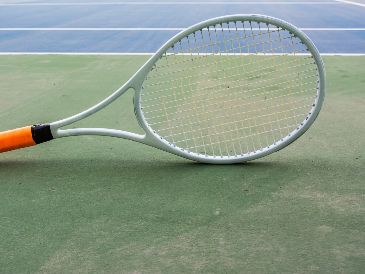 テニスガットおすすめランキング15選!ポリ・ナイロンなど選び方の基本も覚えよう