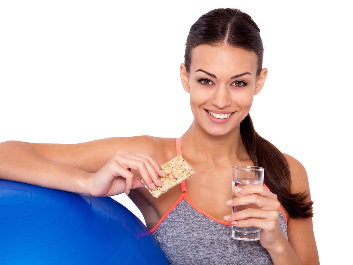 プロテインバーおすすめ人気ランキングTOP15!筋トレ・安い・コンビニで買える・低糖質な商品をシーン別にご紹介