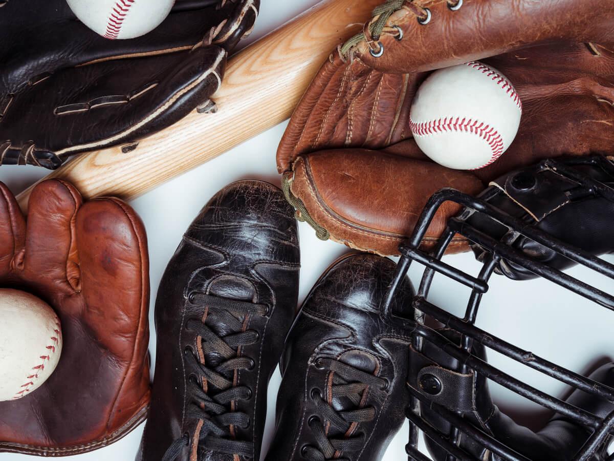 アシックスの野球用スパイクおすすめ6選!人気の軽量商品やオーダーメイドの仕方を伝授